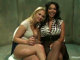Shemale Vaniity Is Making Sarah Love Her Cock
